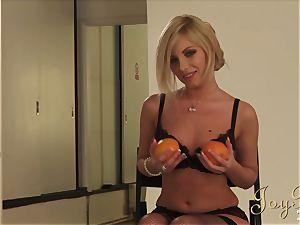 super hot blond pummels the photograher