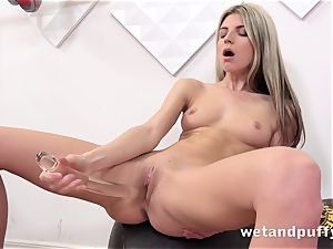 wet sweet poon with yoga honey Gina Gerson