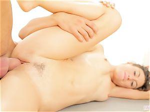 Yoga lesson gets torrid for Julia Roca