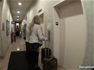 Behind the vignettes with blonde pornstar Samantha Saint