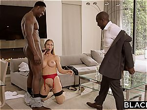 Nicole Aniston attempts out the new big black cock model