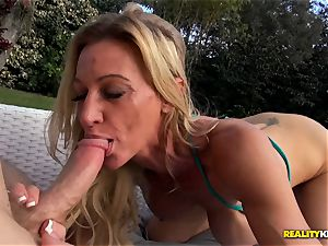 Ceira Roberts cunny pummeled by the poolside