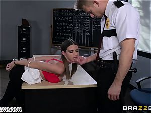 Policeman punishes ultra-kinky schoolgirl on the table