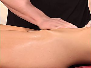 Maybe it's the oil that made India Summer so moist during the massage