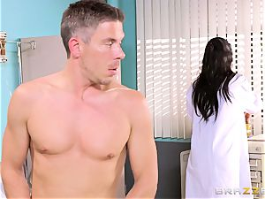 enormous jugged physician Romi Rain gets her forearms on her mischievous patient
