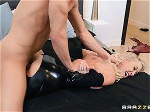Brandi love nailed in her moist poon