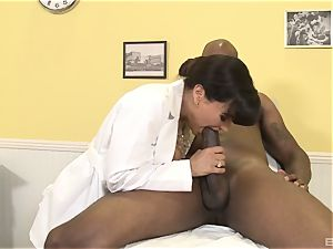 Lisa Ann handsome cougar physician