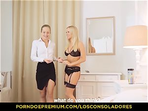 LOS CONSOLADORES - sensual light-haired ladies share dick