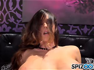 Spizoo-Watch Alison Tyler romping a massive weenie ample bumpers