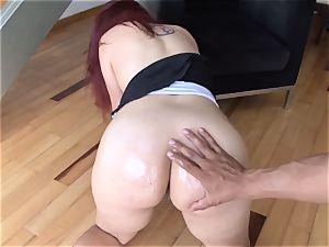 OPERACION LIMPIEZA - spectacular Latina maid gets banged pov