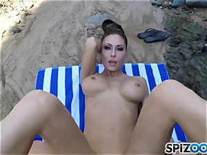 Beach booty Jessica Jaymes poked deep in her magnificent bean vag