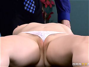 Patient Penny Pax boinked by giant dicked medic
