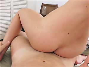 scorching babe Kimmy Granger caught playing with her cootchie