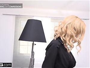 chief babe Sarah Jessie pounds her secretary on the job