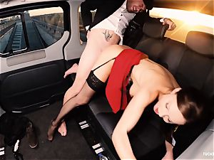 penetrated IN TRAFFIC - british Tina Kay nailed in the car