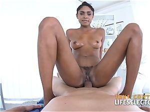 Luna Corazon - multiracial Shool screw