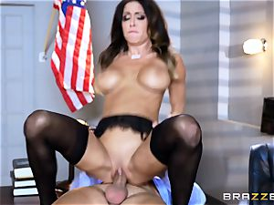 Jessica Jaymes drools over a lawyers yam-sized man rod