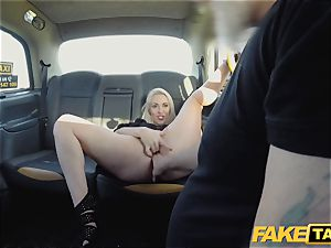 faux cab platinum-blonde cougar Victoria Summers nailed in a cab