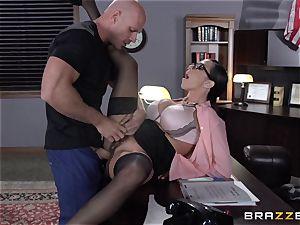 Warden Ariella Ferrera romps her favourite prisoner
