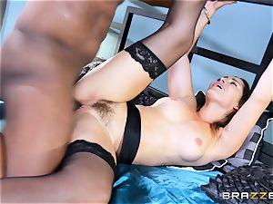 Dani Daniels takes this meaty black man-meat with ease