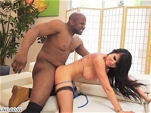 Luxury mega-bitch with a big butt wants her pulverizing fuck holes by dark-hued man