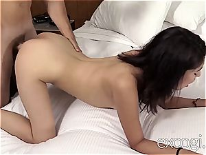 amateur Latina boinks while her friend is witnessing