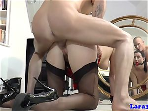 Balgagged mature brit donk smashed by private