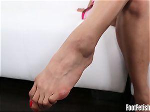 Mia li foot Fetish Interview